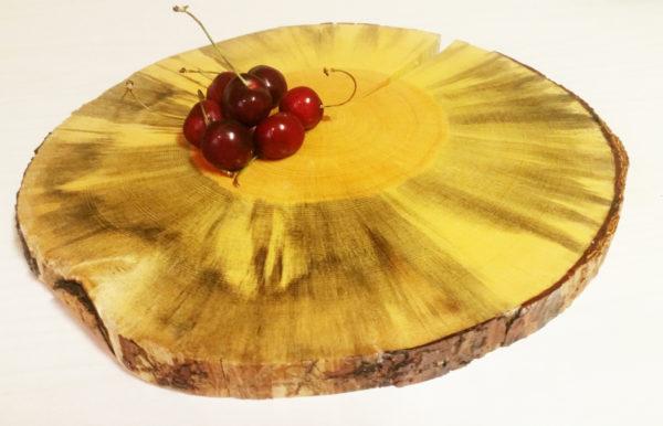 round serving board